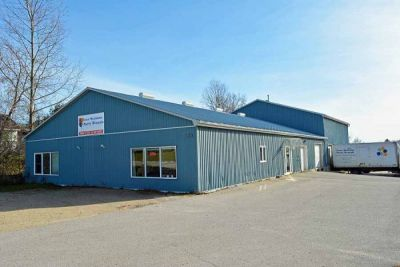 Commercial Warehouse & Retail Store   $500,000 - Markdale